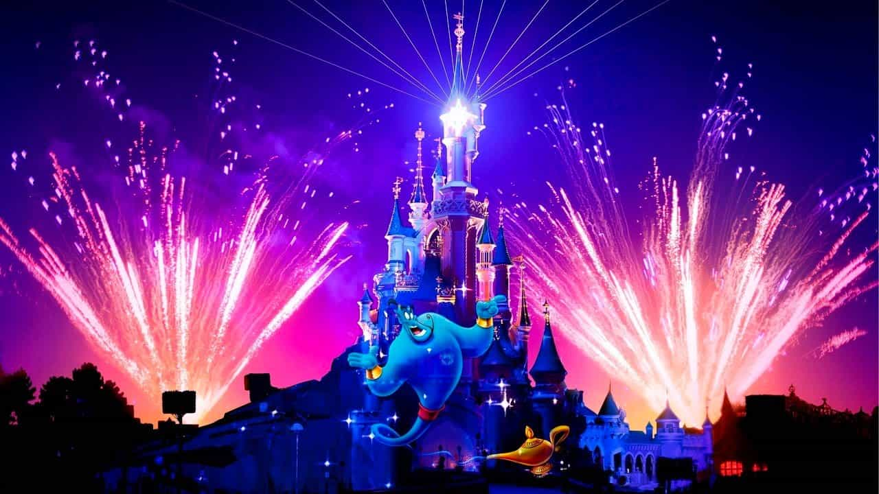 Confinement : Disneyland Paris diffuse gratuitement ses spectacles nocturnes !